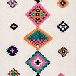Wool-Tribal-Diamond-Row-Rug